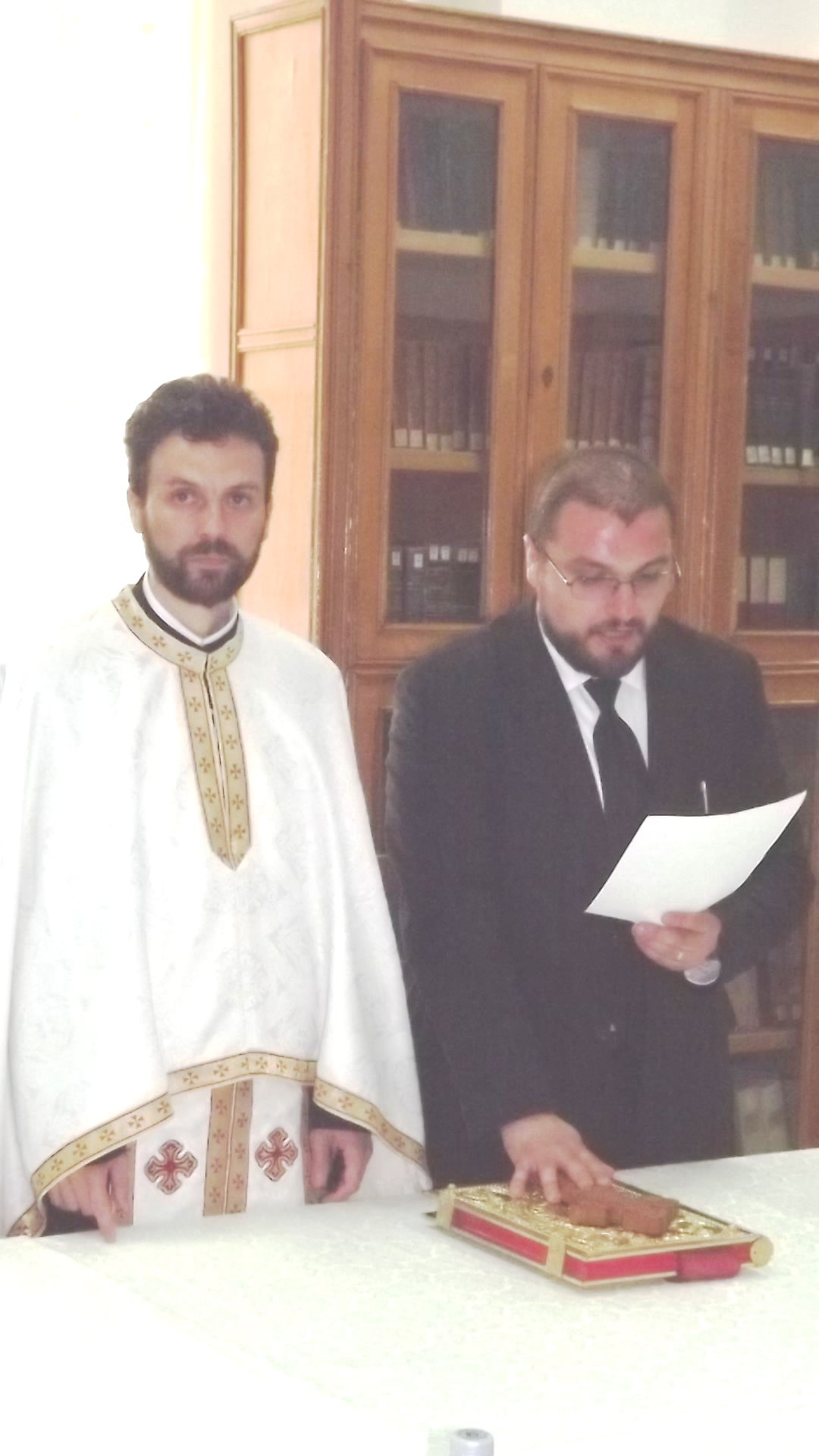 https://ia801800.us.archive.org/19/items/doctorat/JuramantulDr.AlexandruI.Rosu.jpg